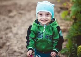 child-1375136_1280
